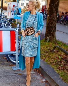 Mature Fashion, Fashion Over 50, Look Fashion, Winter Fashion, Womens Fashion, Going Out Outfits For Women, Clothes For Women Over 50, Winter Outfits For Work, New Dress Collection