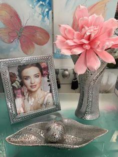 jarrones, flores, bandejas, portafotos, en www.virginia-esber.es