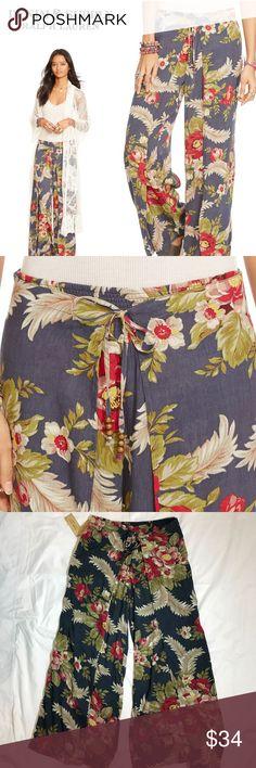 "🌟FINAL💰DENIM & SUPPLY Floral Wide Leg Pants Denim & Supply Floral Smocked Wide Leg Pants Size XS but would fit a Small. Elasticized waist measures 14"" flat; length 38""; Inseam 28""; hem width 12"".  Dlm0114895 Denim & Supply Ralph Lauren Pants Wide Leg"