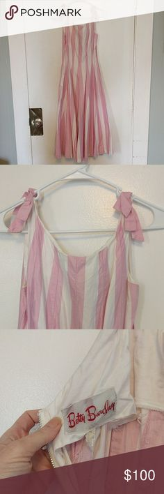 Vintage pink candy stripe dress Really cute vintage dress with pink and white stripes. Could use a steam Dresses Maxi