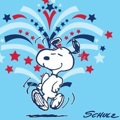 Snoopy is very Patiotic. Fourth of July) Peanuts Cartoon, Peanuts Snoopy, Snoopy Cartoon, Happy 4 Of July, 4th Of July, Charlie Brown Und Snoopy, Snoopy Und Woodstock, Snoopy Pictures, Snoopy Images