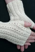 BonBons Fingerless Mitts - Free Knitting Patterns by Susanna IC Fingerless Gloves Knitted, Crochet Gloves, Knit Or Crochet, Knitted Hats, Knitting Patterns Free, Free Knitting, Free Pattern, Mittens, Handarbeit