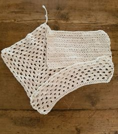 Many cleaning cloths contain fibres that cause mirco plastics to enter the water cycle. Learn how you can make these simple cotton cloths that can be washed over and over again.  #plasticfree #sustainableliving #sustainablehome