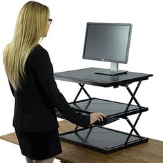 Easily adjustable sit-stand desk