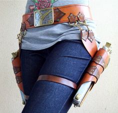 wow. this girls makes impressive leather fantasy costume-y stuff.