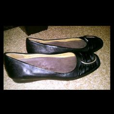 Flats Black flats. Been worn, but in great condition. These shoes are known for their comfortableness! Clarks Shoes Flats & Loafers