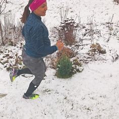 #Pregnant woman #running in #snow