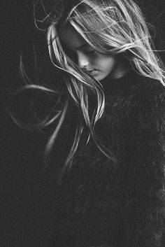 An Introduction To Black And White Photography – PhotoTakes Art Photography Women, Urban Photography, Creative Photography, Amazing Photography, Portrait Photography, Hair Photography, Wedding Photography, Black And White Portraits, Black And White Photography
