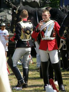 Household Cavalry troopers having a fag break