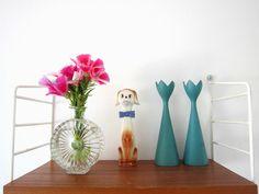 At home: string shelf+riihimäen lasi vase+vintage dog+swedish vintage candle holders.