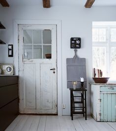 Unique Home Decor .Unique Home Decor Home Interior, Interior Decorating, Interior Design, Norwegian House, Scandinavian Home, Rustic Interiors, Cheap Home Decor, Interior Inspiration, Design Inspiration