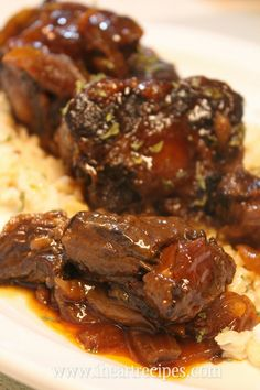 Barbecue Oxtails made in the slow cooker Barbecue Oxtails made in the slow cooker. The post Barbecue Oxtails made in the slow cooker & Projects to Try appeared first on Oxtail recipes . Oxtail Recipes Crockpot, Slow Cooker Recipes, Crockpot Recipes, Cooking Recipes, Cookbook Recipes, Easy Recipes, Dinner Crockpot, Savoury Recipes, Barbecue Recipes