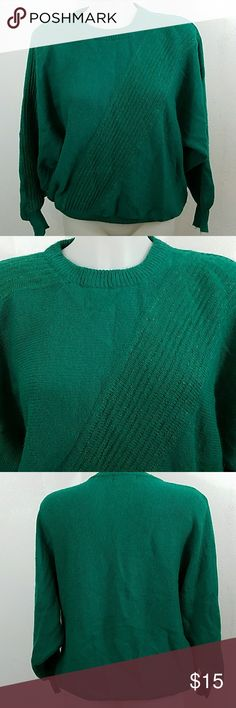 """Vintage Sweater by Angenie Vintage Sweater by Angenie. In good condition. Size xl. Bust 44"""" Length 25"""" 72% Acrylic 20% Nylon 8% Lurex Angenie Sweaters"""