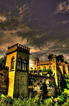 Castillo de Xativa: Después de la conquista de Jaime I y la creación del Reino de Valencia el Castillo cumplió la función no solo de defender la ciudad sino de Prisión de Estado de la Corona de Aragón.