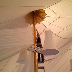 Reaching up to the 21ft mark. #tentdraping #sperrytent #ceilingtreatment #wedding #eventdecor #decor #loadin #rigging #progressphoto #fabric #voile #ladderstunting #mylifeintheair #style #elegance #luxury #privateestate #hyannis #capecod Fabric Designer: #christinemccaffery (of #c2mdesigns ) freelancing with @ormondeproductions