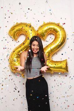 33 Ideas birthday photoshoot ideas for women Birthday Goals, 22nd Birthday, Girl Birthday, Birthday Ideas, Giant Number Balloons, Gold Balloons, Balloon Pictures, Birthday Girl Pictures, Golden Birthday
