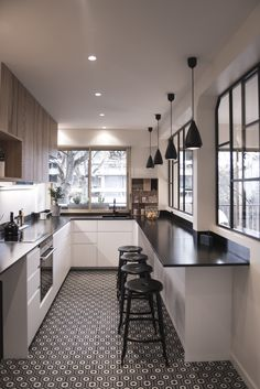 Bahya cement tiles Lunatic motif Project orchestrated by Cocottes Studio . New Kitchen Cabinets, Kitchen Tiles, Kitchen Flooring, White Cabinets, Apartment Kitchen, Kitchen Interior, Kitchen Decor, Condo Kitchen, Scandinavian Kitchen