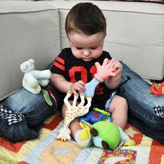 Técnica para ajudar o bebê a sentar | Macetes de Mãe