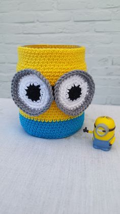 Minions potje (met link naar gratis patroon) / Minions jar (with link to free pattern)