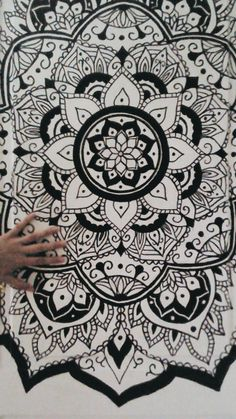 Mandala Designs, amalia-e: My door was kinda too white