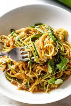 Teriyaki Zucchini Noodles Get your fat-burning zucchini noodles ready in 20 minutes or less and gluten-free. With just a handful of ingredients you have a delicious, healthy and effortless dinner for a busy weeknight. Low Carb Recipes, Diet Recipes, Cooking Recipes, Healthy Recipes, Vegetarian Recipes Low Sodium, No Carb Healthy Meals, Cooking Games, Easy Recipes, Recipies