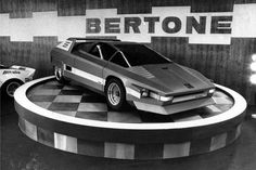 STORMWHEELS: Marzo 1976 - Bertone NAVAJO concept car su meccani...