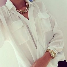 white silk shirt, simple, casual chic I still keep looking for this shirt. Style Work, Style Me, Looks Chic, White Shirts, White Blouses, White Blazers, Classy And Fabulous, Fashion Outfits, Womens Fashion