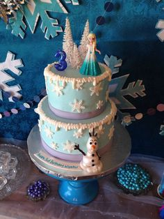 Disney Frozen themed birthday cake for Sophies 7th birthday www