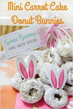 Mini Carrot Cake Donut Bunnies - the cutest homemade baked donuts!