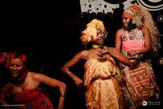 Núcleo de Consciência Negra da USP convida a aula de dança afro para desenvolver duas vivências que aconteceram dias 18 e 19 de julho de 2013 as 18h30. Inscrições: ligue para o NCN no telefone 3091-4291 ou nos e-mails contato@ncn.org.br ou mjmeneze@usp.br