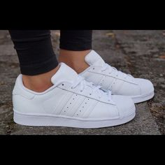 All White Adidas Superstar BNWOB Brand new without box/tags, never been worn all white superstars. Adidas Shoes Women, Adidas Sneakers, Shoes Sneakers, All White Superstars, White Adidas Superstar, Superstar Outfit, Tennis Fashion, Classic Sneakers, Shoes