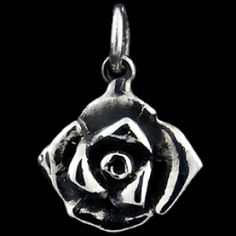 Silver pendant, sweet rose Silver pendant, Ag 925/1000 - sterling silver. Raised little rose crafted in detail. Dimensions approx. 18x18mm.
