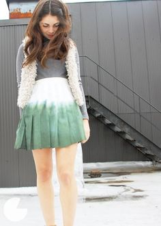 DIY dip dye. I wanna do this with white pants!