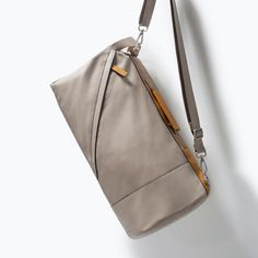 Image 5 of DUFFLE BAG WITH BUCKLE from Zara