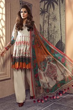 Designer khaddar dress is added to store with beautiful prints all over. Beautiful designer khaddar dress with embroidered shirt and chiffon dyed dupatta Pakistani Designer Clothes, Pakistani Dress Design, Pakistani Designers, Pakistani Clothing, Designer Kurtis, Designer Dresses, Designer Clothing, Stylish Dresses For Girls, Casual Dresses