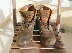 Red Wing 8113, Red Wing Shoe Stores, Sunny Images, Red Wing Iron Ranger, Older Mens Fashion, Red Wing Boots, Iron Rangers, Wing Shoes, Combat Boots