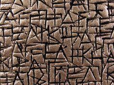 """ANGELIKI DROSSAKI - """"Dum Scribo Spero"""" (finché scrivo c'è speranza), L'arte della scrittura nell'arte ceramica"""
