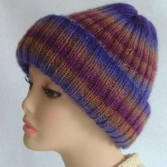 Pretty Combo Hat | AllFreeKnitting.com