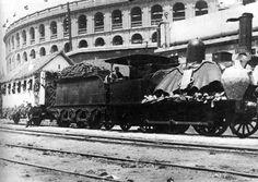 Plaza de Toros de Valencia y tren (1903)