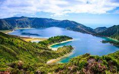 REISEKALENDER 2015: August: Azoren - Portugals wilde Trauminseln