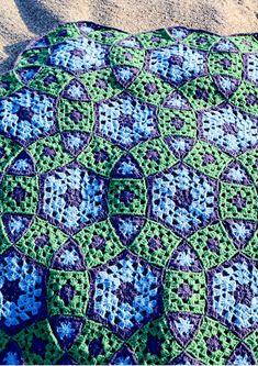 Grow Your Molecule Blanket By Elena Fedotova - Purchased Crochet Pattern - (ravelry)