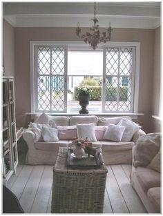 "Sandra/ Pagina 2van11 :: Need the ""bolster"" pillow ~ just not pink! Raamdecoratie"