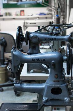 Επίσκεψη στο Parnès !!! | NEANIKON Workshop, Sewing, Atelier, Dressmaking, Couture, Work Shop Garage, Stitching, Sew, Costura