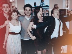 Barney finally has a bad picture How I Met Your Mother, Robin Scherbatsky, Lily Aldrin, Series Movies, Movies And Tv Shows, Tv Series, Hd Movies, Marshall Eriksen, Barney And Robin