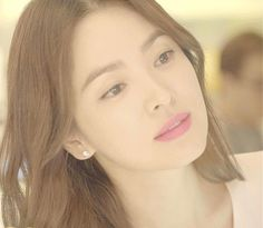 Lorraine, Song Hye Kyo Style, Descendents Of The Sun, Pretty Songs, Han Hyo Joo, Beautiful Girl Photo, Song Joong Ki, Pink Gowns, Brand Identity Design