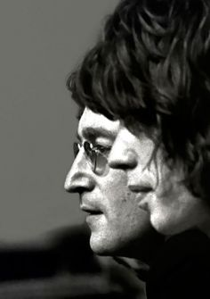 Mick Jagger and John Lennon. Love this pic!