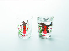 「Method of drinking fairy tale」『Little Red Riding-Hood』 when glass is filled with a clear beverage, images on the back are magnified and seem to move.Entertaining fairy tale designs come alive when you use yhe glass.