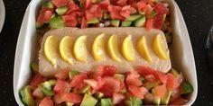 Tunmousse med rejer, avocado og grapefrugt