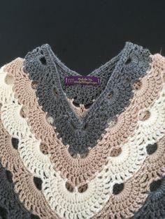 Super crochet poncho for beginners prayer shawl Ideas Crochet Bedspread Pattern, Crochet Baby Poncho, Crochet Cover Up, Crochet Poncho Patterns, Crochet Shawls And Wraps, Crochet Motif, Crochet Yarn, Crochet Top, Crochet Wedding