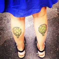 Vegetable dreams sometimes arrive on two legs. #spotted #chefdreams #twolegs #veggies #bluedress www.papaserra.com